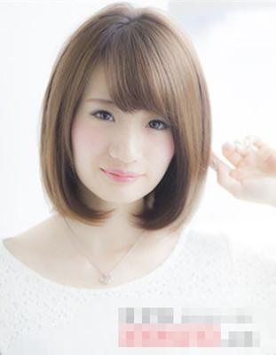 什么发型看起来清爽干净有气质 夏天女生梳什么头发看起来更清新啊?