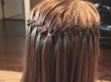 女生发型漂亮