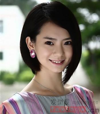 女生发型短发