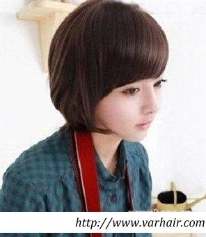 女生发型短发小辫子