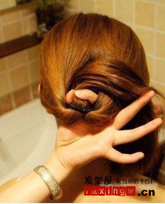 短发发型教程图解