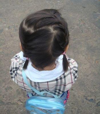 2岁女生发型扎法图解