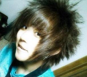 男生发型非主流